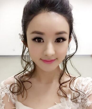 赵丽颖《雪人》是真唱假唱?东方卫视跨年晚会