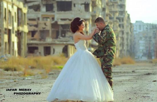 叙利亚新人废墟中拍婚礼照鼓舞人心【6】