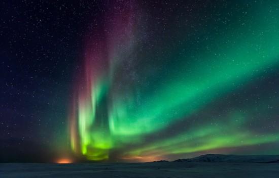 冰岛极光照亮飞机残骸神秘瑰丽【5】