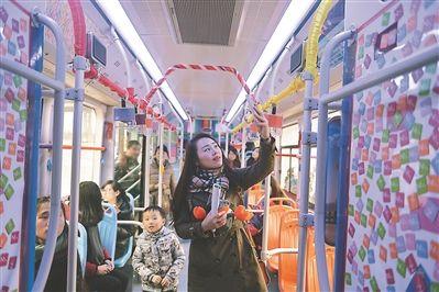 """""""35路聲音美術館""""南京發車 市民可享音樂盛宴"""