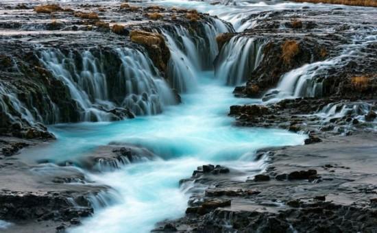 盘点:令人震撼的冰岛瀑布美景(组图)