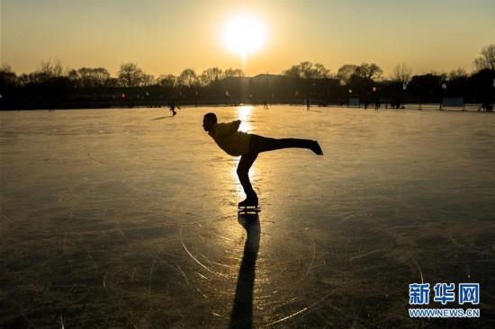 北京什刹海冬日美景(组图)