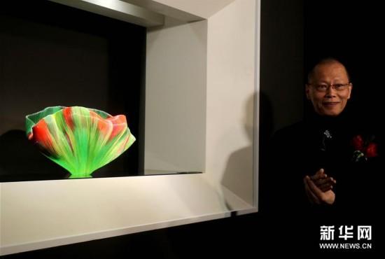 上海:玻璃艺术展美轮美奂(图)