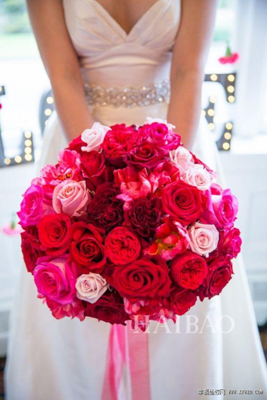 十款红色系捧花 为婚礼增加中国喜庆色彩