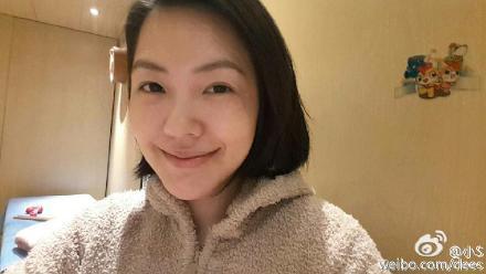 小S换发型发型吓呆许雅钧扒一扒小S微博里的张智霖37自拍图片