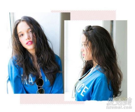 中长发也有不少的蓬松设计,例如这款侧分的中长卷发,上面部分直发图片