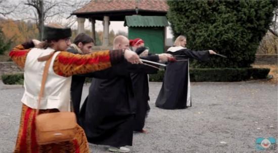 波兰现真实版魔法学院 分13门不同课程