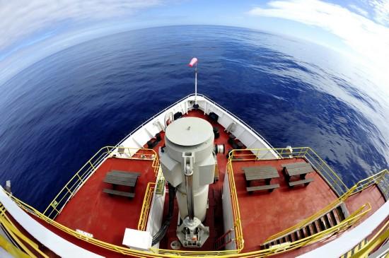 """""""决心""""号结束西南印度洋中脊钻探赴毛里求斯"""