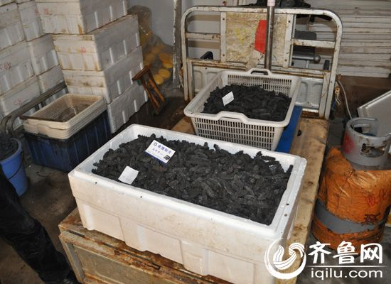 民警查獲使用工業鹽腌制的干海參