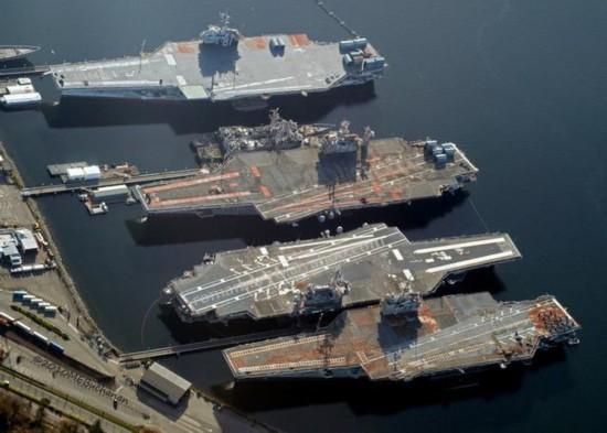 (组图)大国海军底蕴!美国退役航母群很壮观