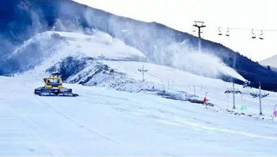 西部长青滑雪场     石家庄西部长青滑雪场