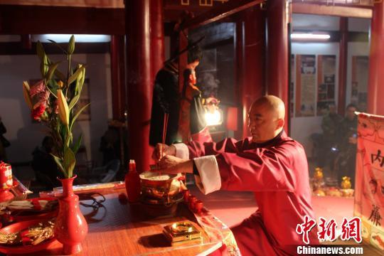 """泉州""""戏神""""祭拜传承千年期待保护"""