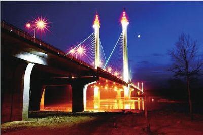 夜幕下的松原大桥
