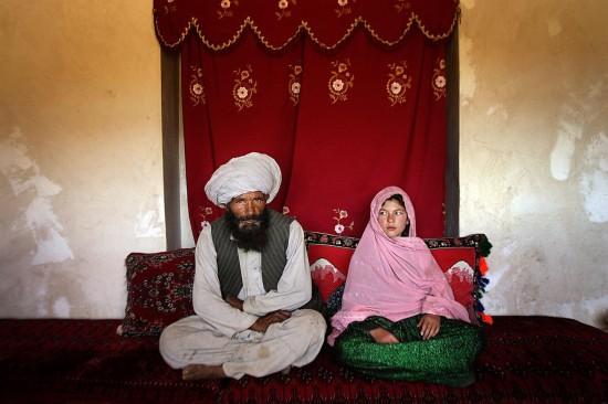 童婚之孽:有新娘不堪家暴自焚