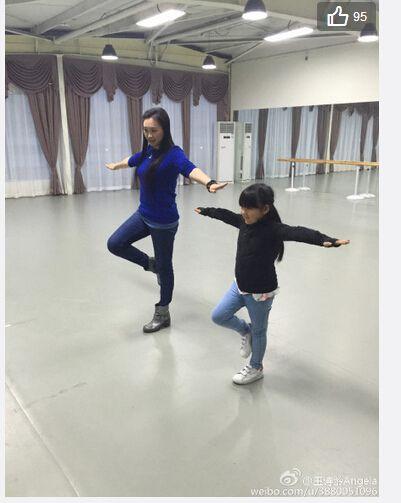 王詩齡賣力學舞蹈和滑冰變身全能小公主(圖)
