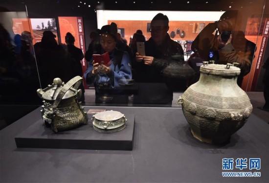 (文化)(3)汉代海昏侯墓441组件文物亮相首都博物馆