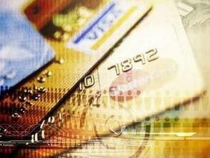银行取钱余额变多 担心银行故意陷害自己 许霆案是怎么回事?