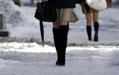 寒冬穿短裙相亲:大龄剩女恨嫁心切只为展现齐全身材