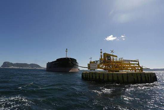美媒:国际能源署称有迹象显示油价或已触底回升