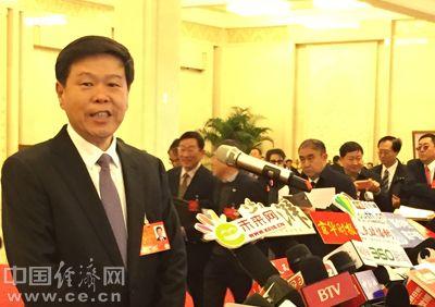 """国家税务总局局长王军:""""营改增""""后行业税负只减不增"""