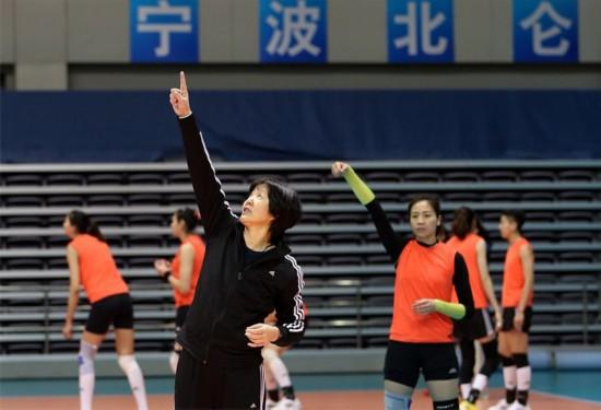 高清:中国女排节假日照常训练 朗平带队剑指里约