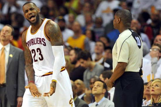 NBA季后赛:骑士胜活塞