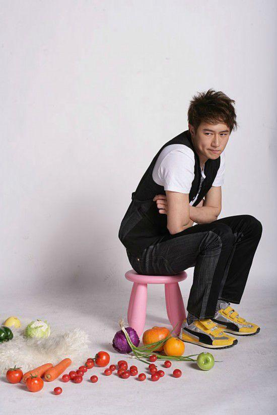 2011年,在《美人心计》中饰演刘恒,而被内地观众熟知。