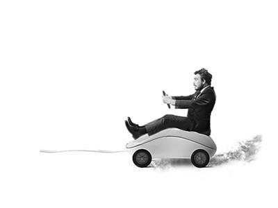 一部手机加4个轮子?互联网造车时代刚起步