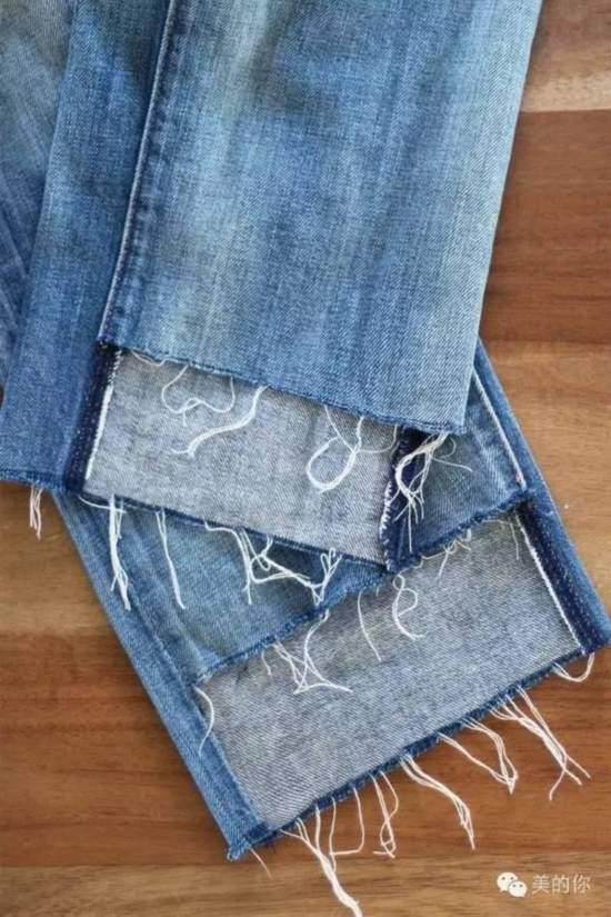 还在卷裤脚?!今年最流行的牛仔裤这么穿