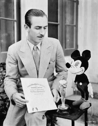 p32 华特・迪士尼在上世纪20 年代创立了迪士尼品牌