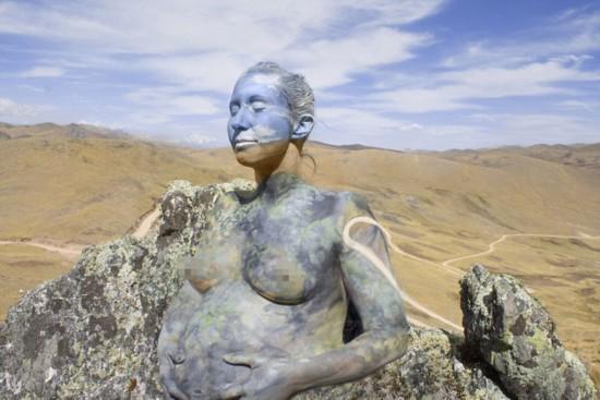 澳艺术家创作人体彩绘 实现人与自然结合(高清