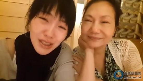 小S和媽媽討論當母親的苦和難