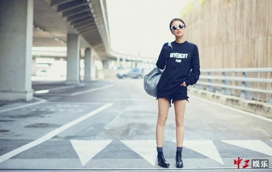 马思纯携《盗墓笔记》赴戛纳 机场时尚穿搭尽显帅气