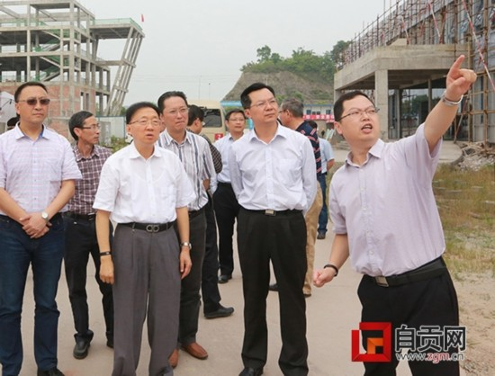 甘道明调研自贡时强调:加快转型升级步伐 推动老工业基地发展振兴