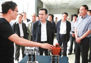 张国华深入企业和高校专题调研科技创新工作