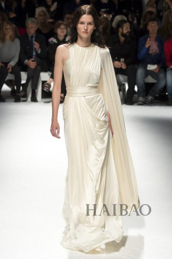 2016春夏米兰时装周:法奥斯托·普吉立斯 (Fausto Puglisi) 女装秀