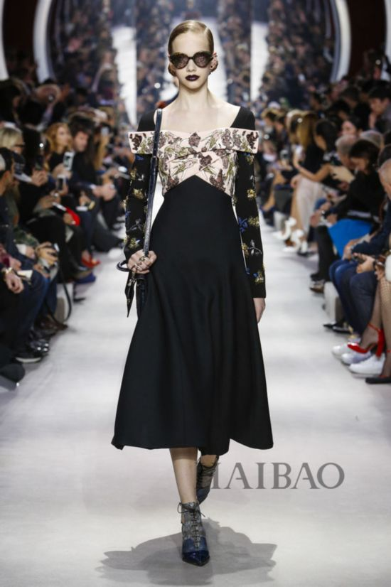 2016秋冬巴黎时装周:迪奥 (Dior) 女装秀