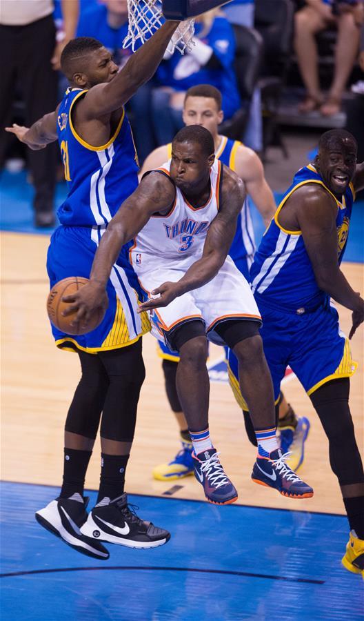 NBA西部决赛第三场:雷霆胜勇士
