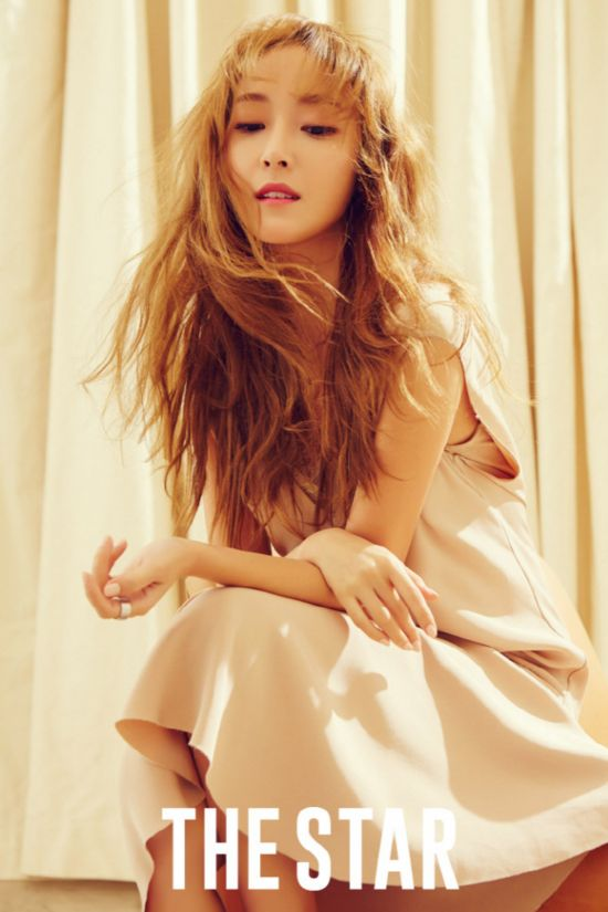 Jessica梦幻写真戴皇冠似公主 称粉丝是光一样的存在【组图】