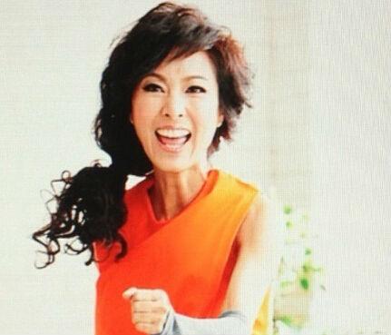 60岁 黄蓉 米雪年轻似少女 面容堪比刘晓庆 图