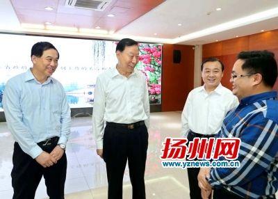 省委书记罗志军在智途科技公司调研。王卓摄