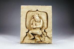 深圳博物馆藏金伎乐人物砖雕