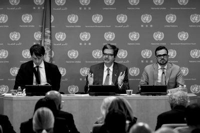 6月1日,在位於紐約的聯合國總部,法國常駐聯合國代表德拉特中出席新聞發布會。新華社發