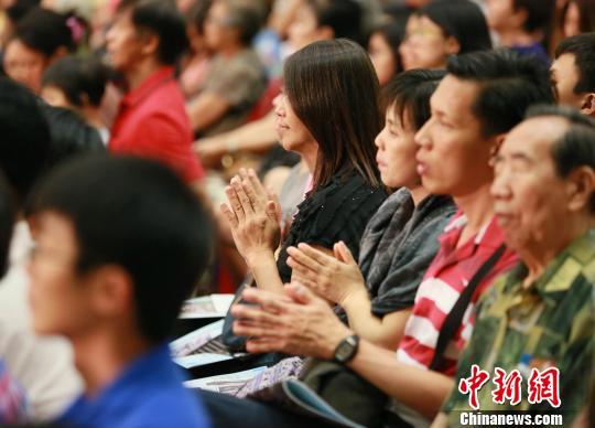 舞剧《千手观音》马来怡保首演本地各界赞美国家文明