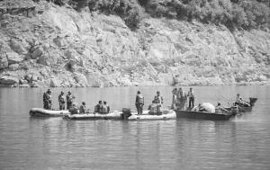 广元翻船事故船上18人名单确认 幸存伤者回忆翻船瞬间