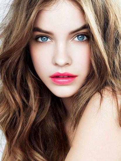 唇部不够性感?简单五步教你打造人气丰唇妆