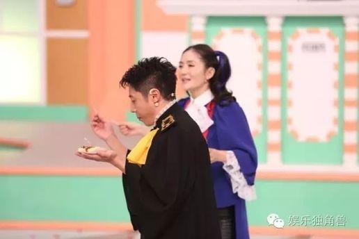 """《暴走法条君》剧情化+神吐槽 网综脱口秀开启新""""说""""法时代"""