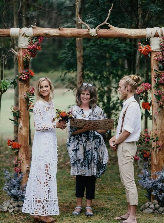 """澳夫妇亲自筹办""""有机""""婚礼 一切从简"""