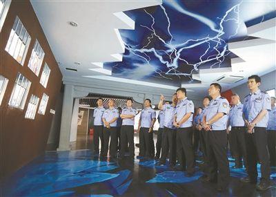 南京交警开展廉政主题教育 预防职务犯罪