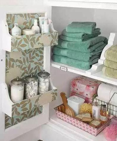 小浴室也能干净整洁 浴室收纳方案
